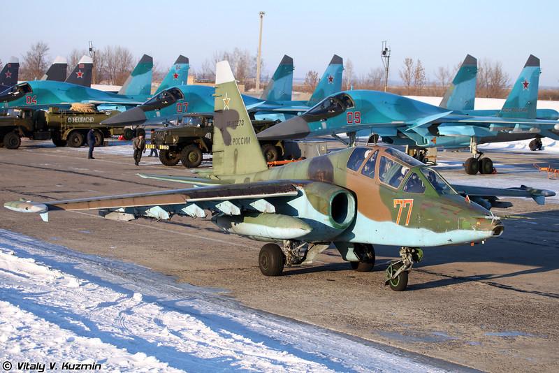 Су-25УБ регистрация RF-92273, бортовой номер 77 Красный (Su-25UB RF-92273, 77 Red)