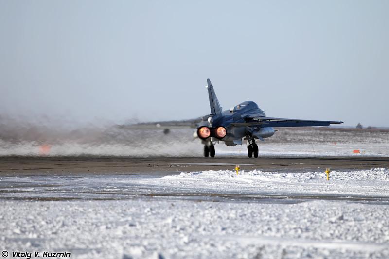 Су-24МР регистрация RF-92250, бортовой номер 52 Красный (SU-24MR RF-92250, 52 Red)