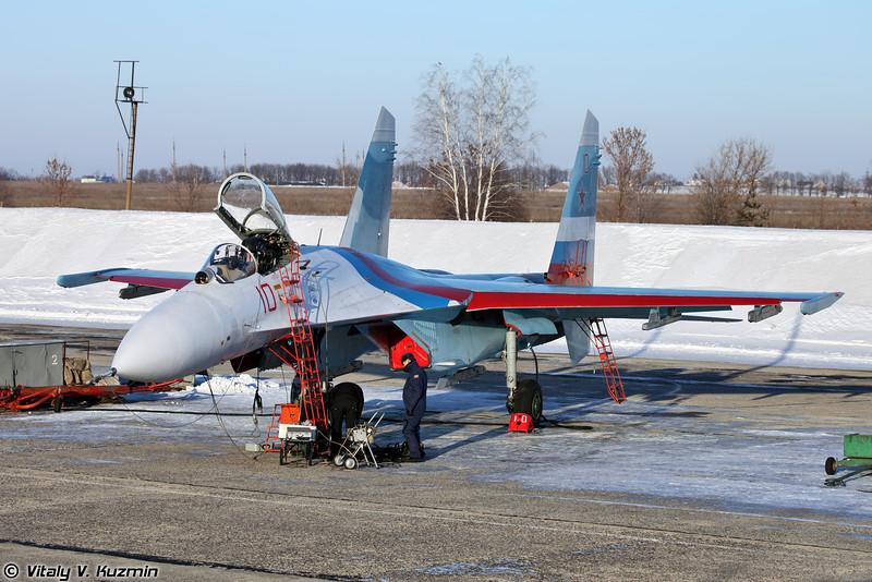 Су-27 бортовой номер 10 Красный (Su-27 10 Red)