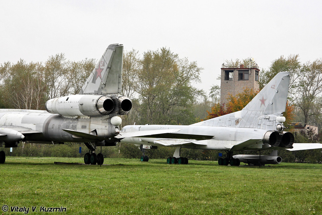 Ту-22М2 и Ту-22ПД (Tu-22M2 and Tu-22PD)