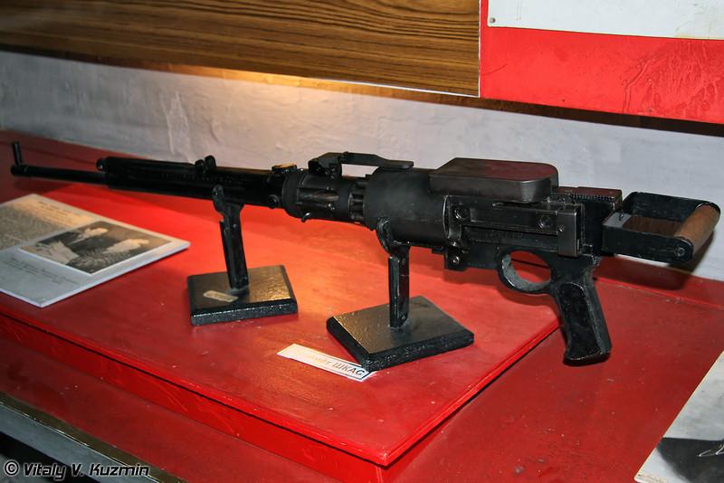 Первый советский скорострельный авиационный пулемёт 7,62 мм ШКАС (7,62 mm machine gun ShKAS)
