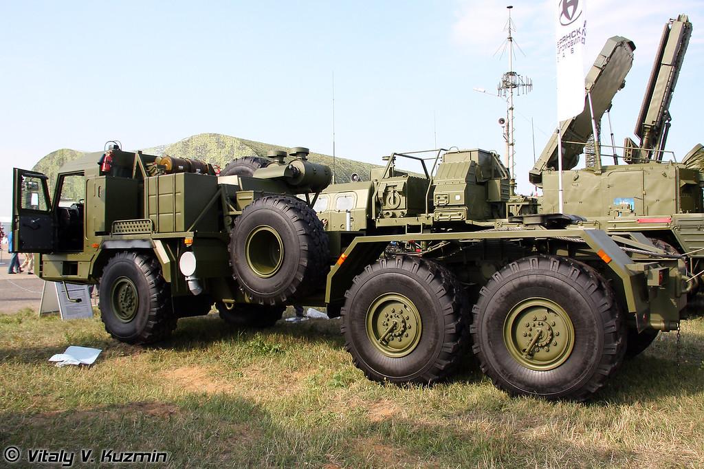 Седельный тягач БАЗ-6402 (BAZ-6402)