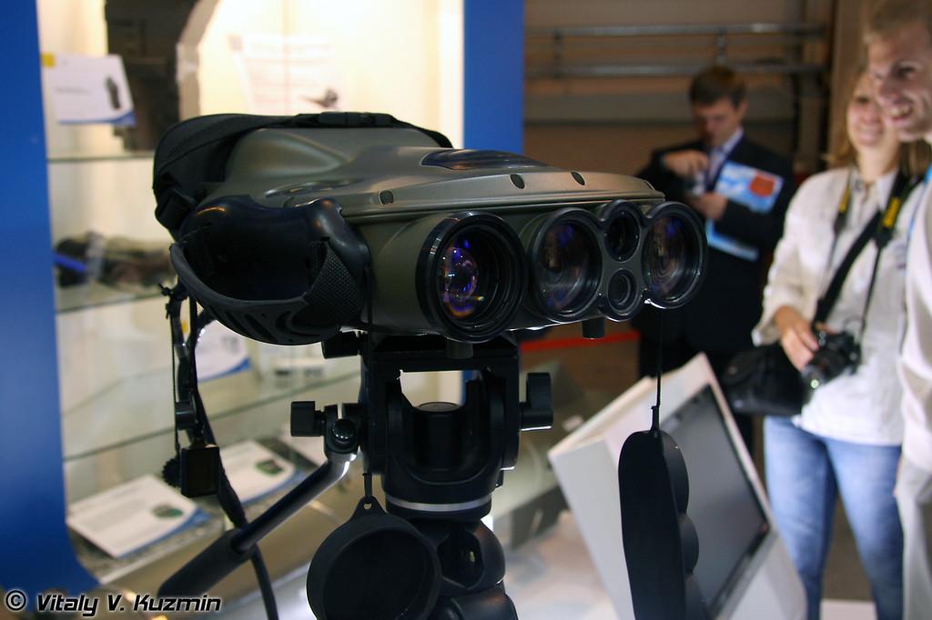 Многофункциональный инфракрасный бинокль большой дальности JIM LR (long-range multifunction infrared binoculars JIM LR)