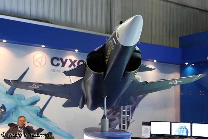 Су-47 (Su-47)