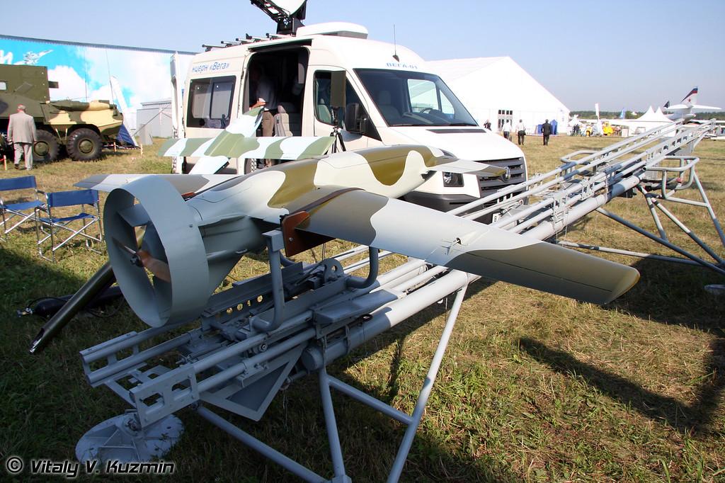 Еще один вариант комплекса Типчак с наземным пусковым устройством (One more Tipchak complex with land launching device)