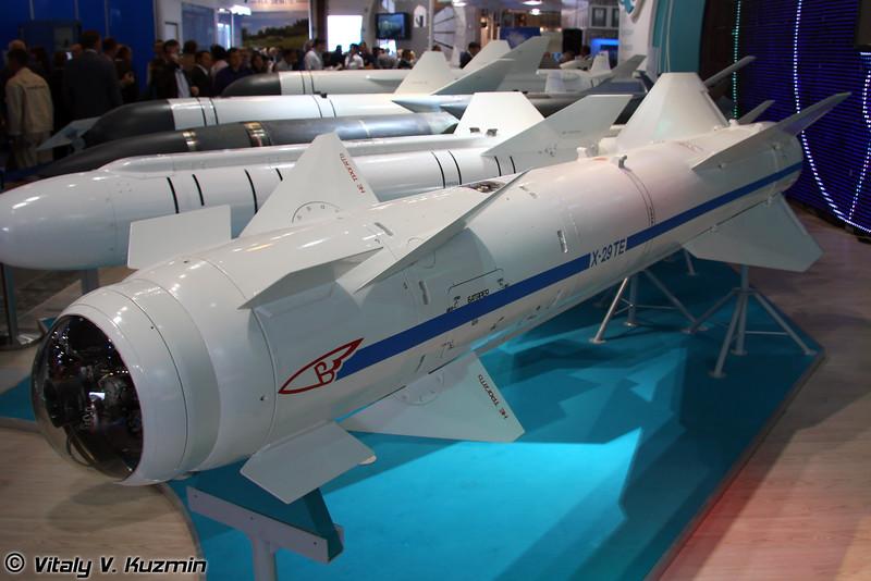 Авиационная ракета воздух-поверхность Х-29ТЕ (X-29TE air-to-surface missile)