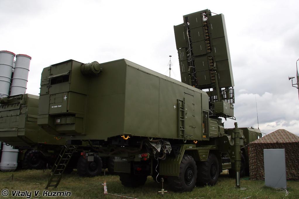 Всевысотный обнаружитель 96Л6Е (All-altitude target detector 96L6E)