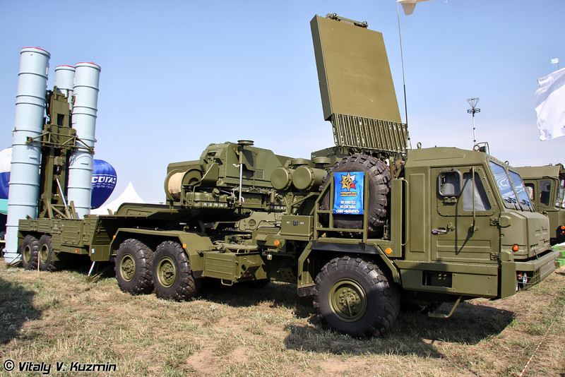 Пусковая установка 5П85ТЕ2 из состава ЗРС С-400 (5P85TE2 transporter erector launcher from S-400 missile systems)