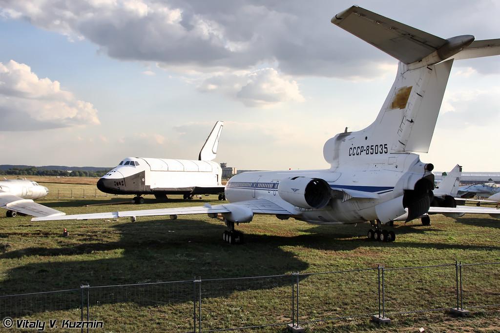 Буран и Ту-155 (Buran and Tu-155)
