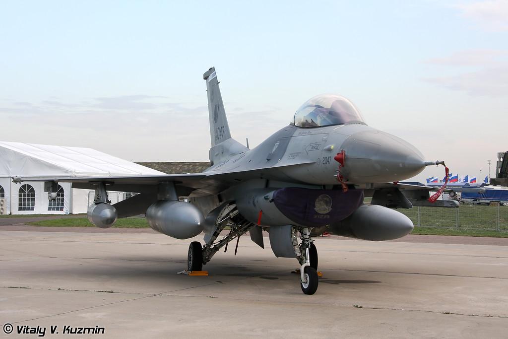F-16C/D Fighting Falcon 510-й истребительной эскадрильи 31-го истребительного крыла, авиабаза Aviano, Италия (F-16C/D from 510th Fighter Squadron 31st Fighter Wing, Aviano AB, Italy)