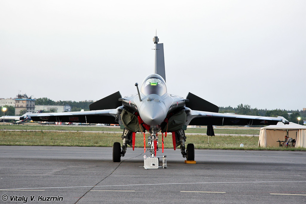 Этот Dassault Rafale использовался для демонстрационных полетов (This Dassault Rafale was used for demonstration flight)