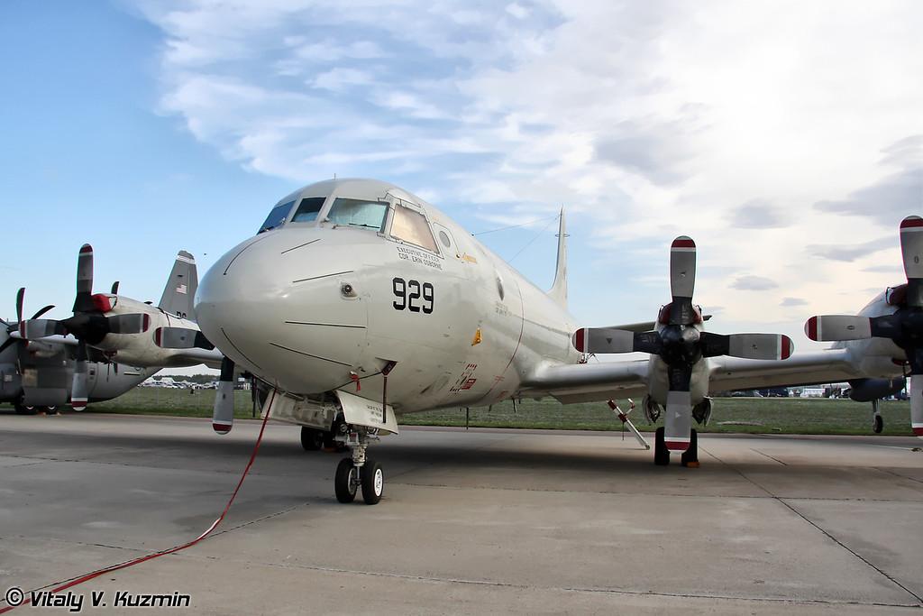 P-3C Orion 5-й патрульной эскадрильи противолодочных самолетов 11-го патрульного и разведывательного крыла ВМС США, авиабаза Jacksonville, Флорида (P-3C Orion from VP-5 Patrol Squadron, NAS Jacksonville, Florida)