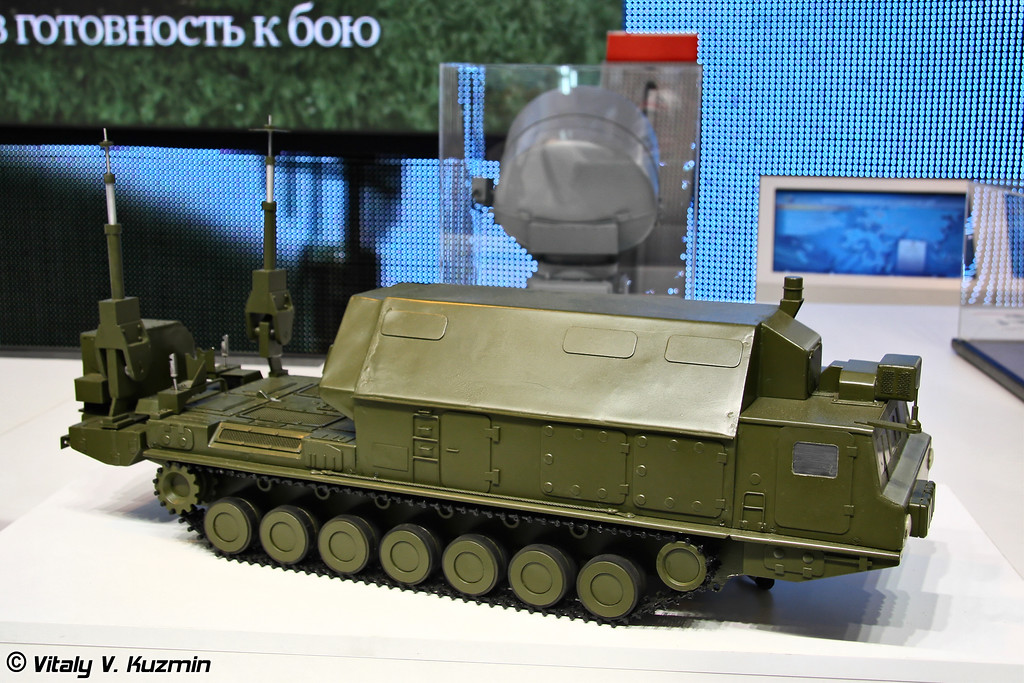 9С457МЭ командный пункт системы С-300ВМ (9S457ME self propelled command post)