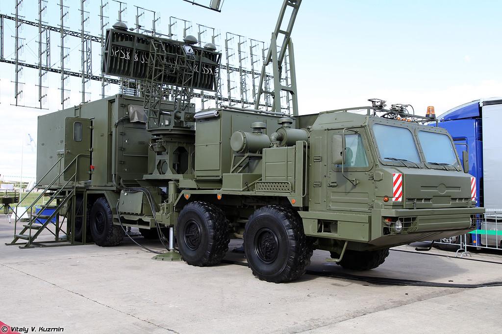 Радиолокационный комплекс 55Ж6МЕ (55Zh6ME Nebo-ME mobile multiband radar system)<br /> Кабина управления КУ РЛК-Е (KU RLK-E control post)