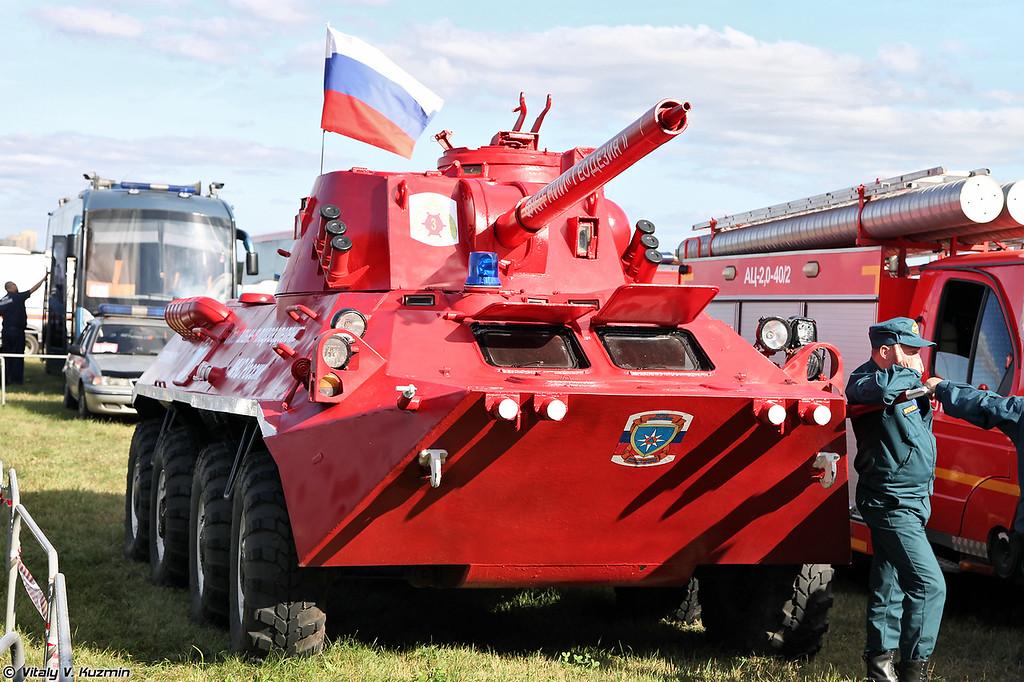 Пожарная машина на базе Нона-СВК (Fire fighting vehicle base on Nona-SVK SPG)