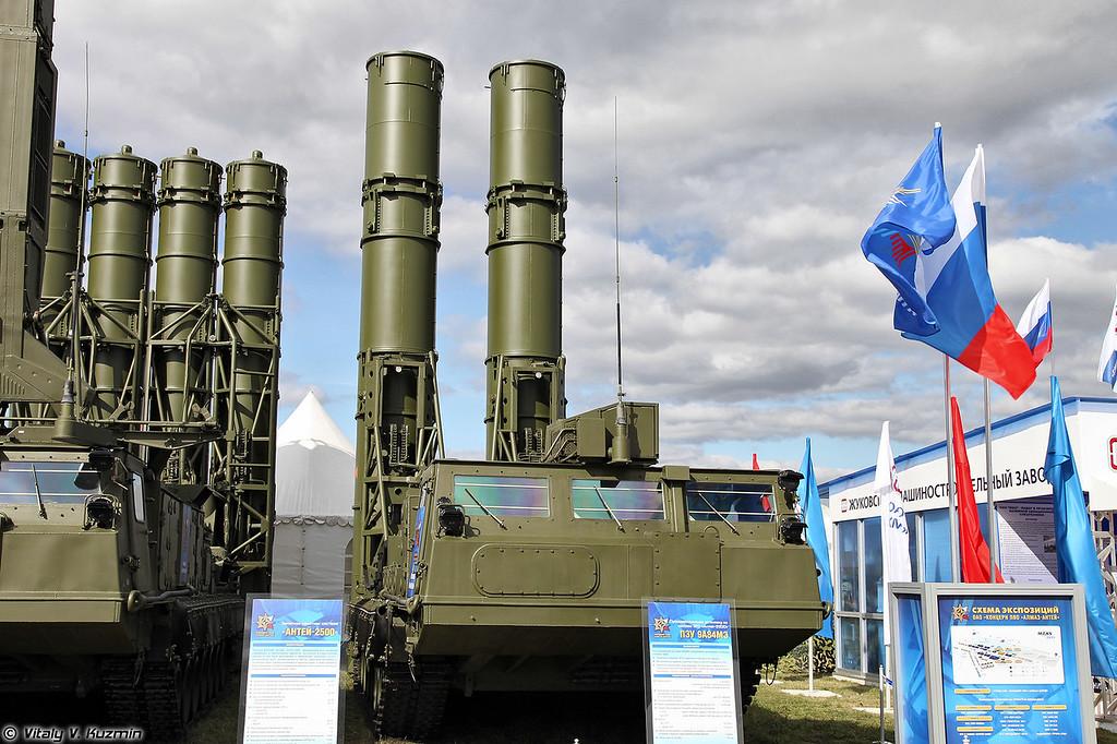 Пуско-заряжающая установка 9А84МЭ (9A84ME transloader-launcher)