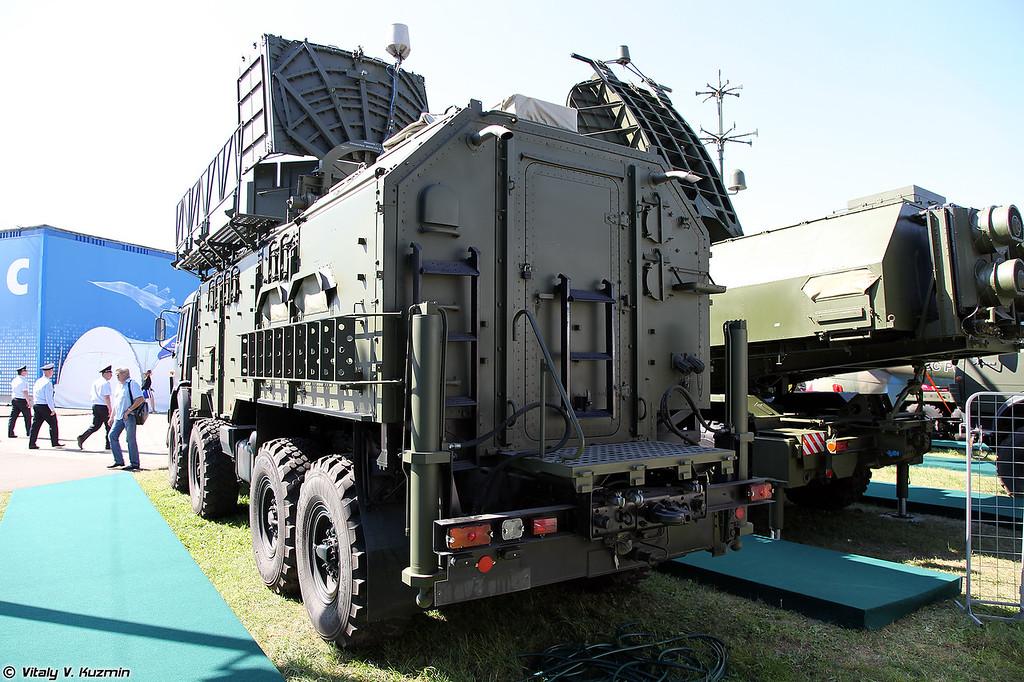 Модуль РЭР 1Л265Э комплекса 1Л267 Москва-1 (EW intelligence vehicle 1L265E from 1L267 Moskva-1 system)