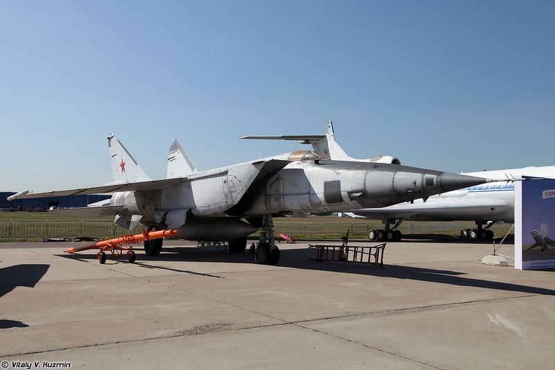 МиГ-25 (MiG-25)