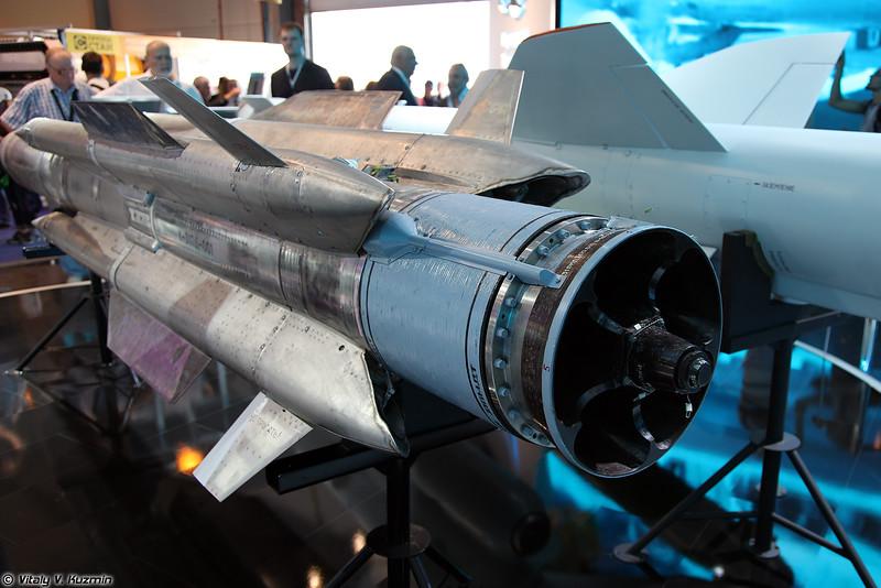 Противокорабельная ракета Х-31АД (Kh-31AD anti-ship missile)