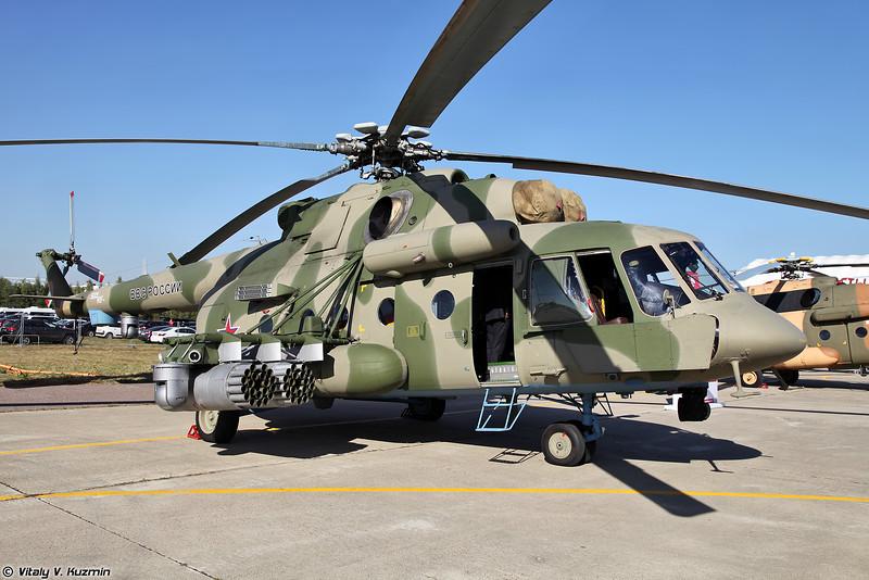 Ми-8АМТШ с бортовым комплексом обороны Л370Э8 Витебск (Mi-8AMTSh with on-board defense system L370E8 Vitebsk)