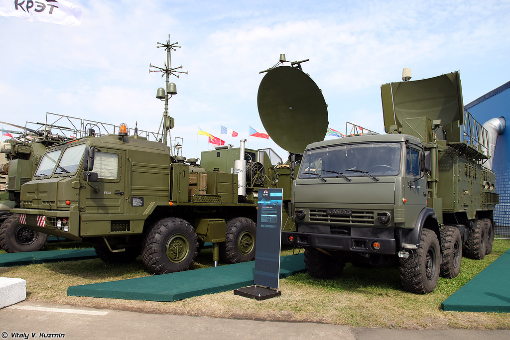 Унифицированный наземный модуль помех 1Л269 Красуха-2 и модуль разведки 1Л265Э (1L269 Krasukha-2 and 1L265E)