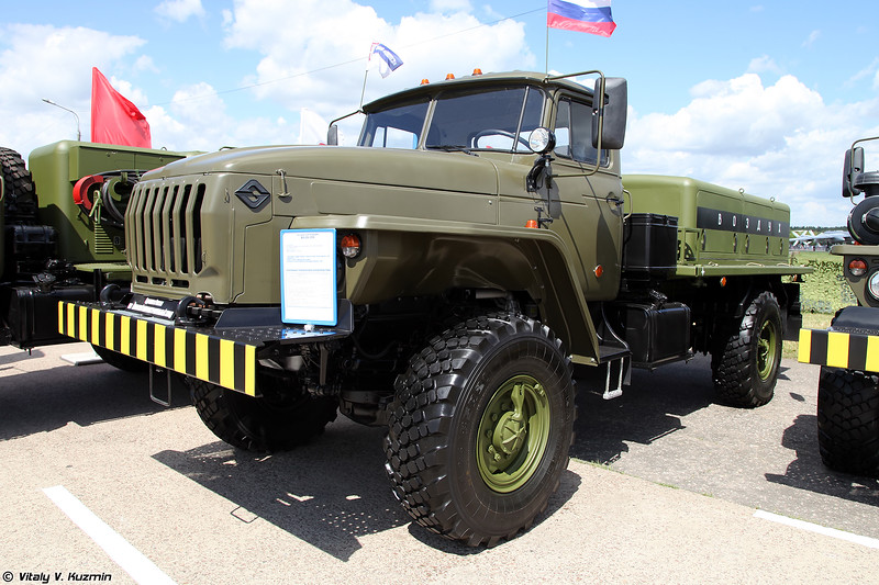 Воздухозаправщик ВЗ-20-350 (VZ-20-350 air refueller)