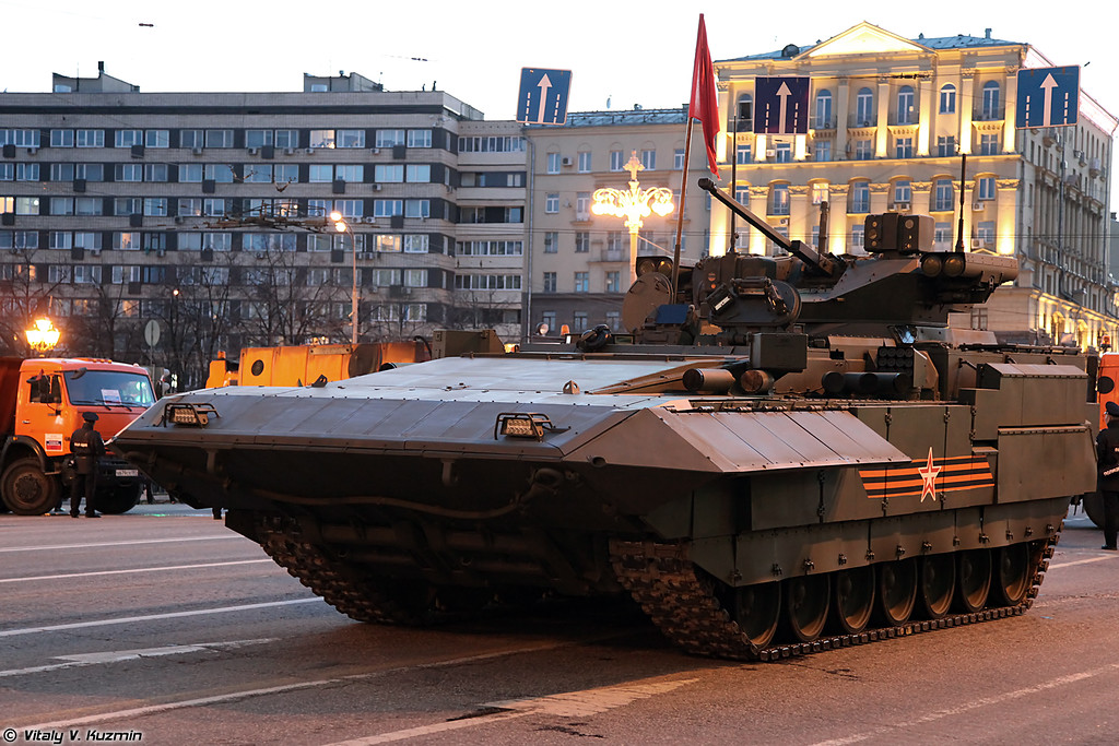 Тяжелая БМП Т-15 на платформе Армата (Heavy IFV T-15 on Armata platform)