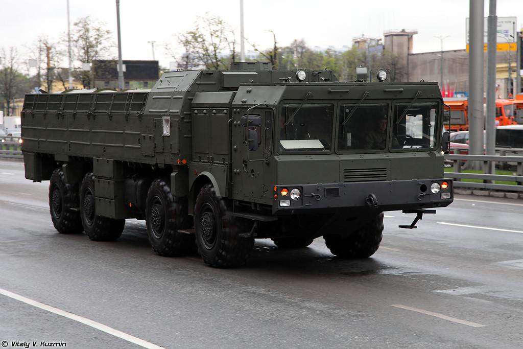 Транспортно-заряжающая машина комплекса Искандер-М (9T250 loading vehicle for Iskander-M system)