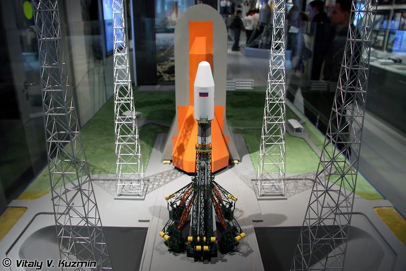 Стартовый комплекс Союз-Куру для ракет-носителей Союз на космодроме Куру во Французской Гвиане (Launch complex Soyuz-Kuru for russian rocket Soyuz of Kourou spaceport in French Guiana)