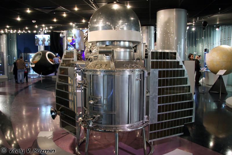 Автоматическая межпланетная станция Венера-1. Запущена 12 февраля 1961г. (Space station Venera-1. Launched February 12, 1961)