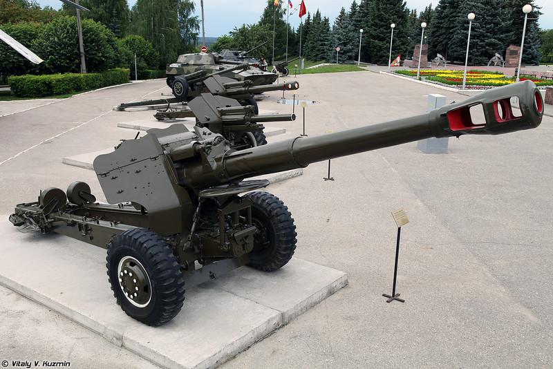 152-мм пушка-гаубица Д-20 (152mm gun-howitzer D-20)