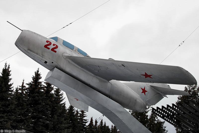 МиГ-15УТИ (MiG-15UTI)