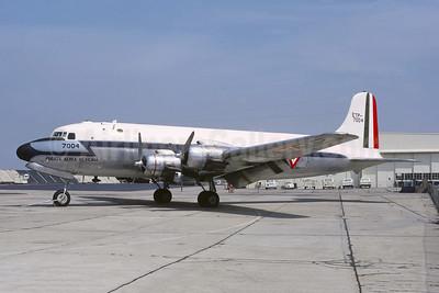 Fuerza Aerea Mexicana Douglas C-54B-1-DO (DC-4) ETP-7004 (msn 10467) OAK (Jacques Guillem Collection). Image: 954928.
