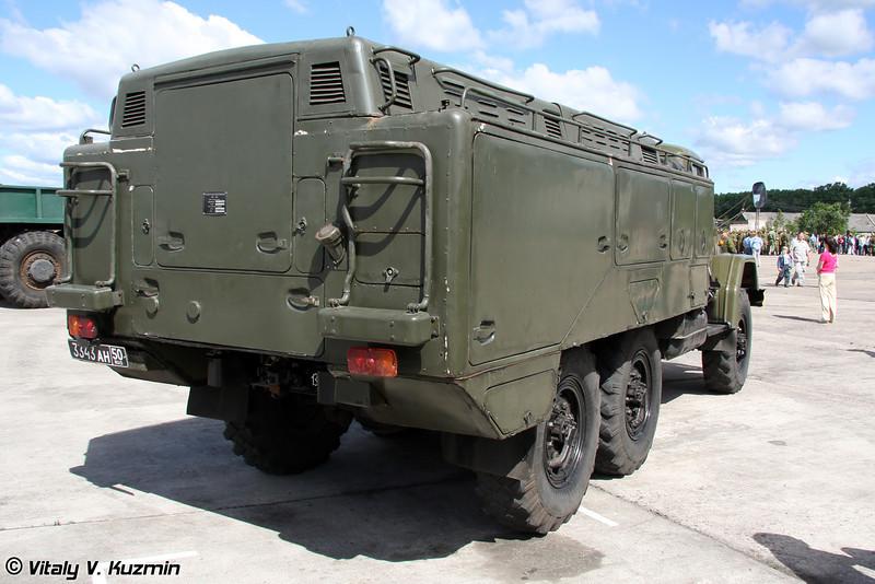 Установка для проверки гидросистем УПГ-300 (Hydraulic system checking vehicle UPG-300)