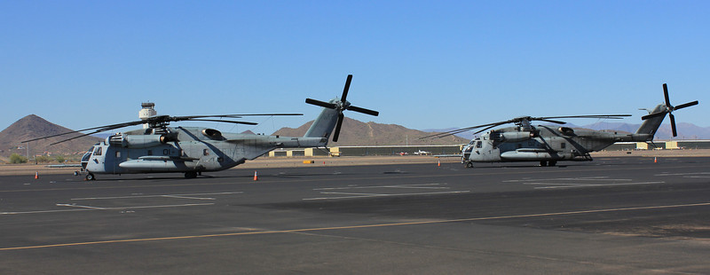 US Marine Heavy Helicopter Squadron 772 Sikorsky CH-53E Super Stallions #01 #02