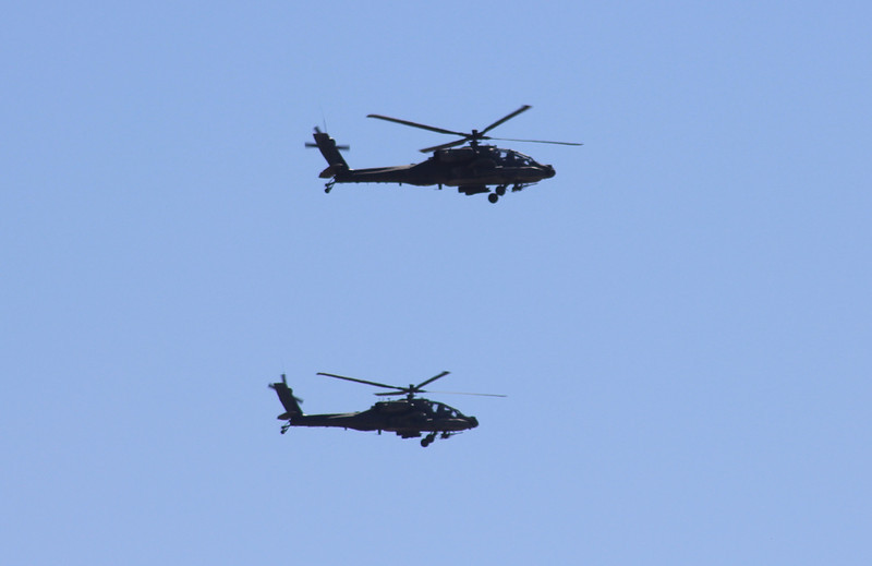 US Army AH-64 Apache (2)
