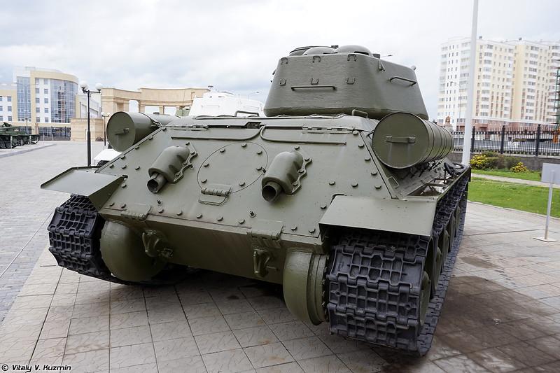 Огнеметный танк ОТ-34-85 (OT-34-85 flame tank)