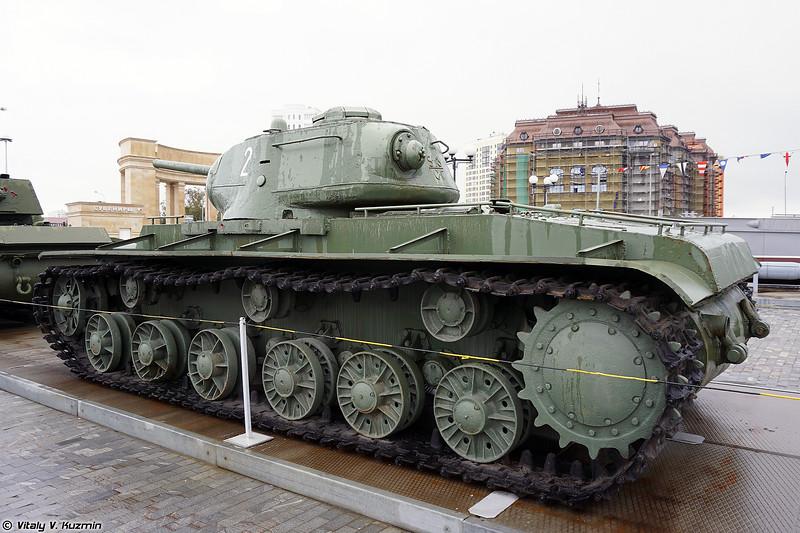Тяжелый танк КВ-1с (KV-1s heavy tank)