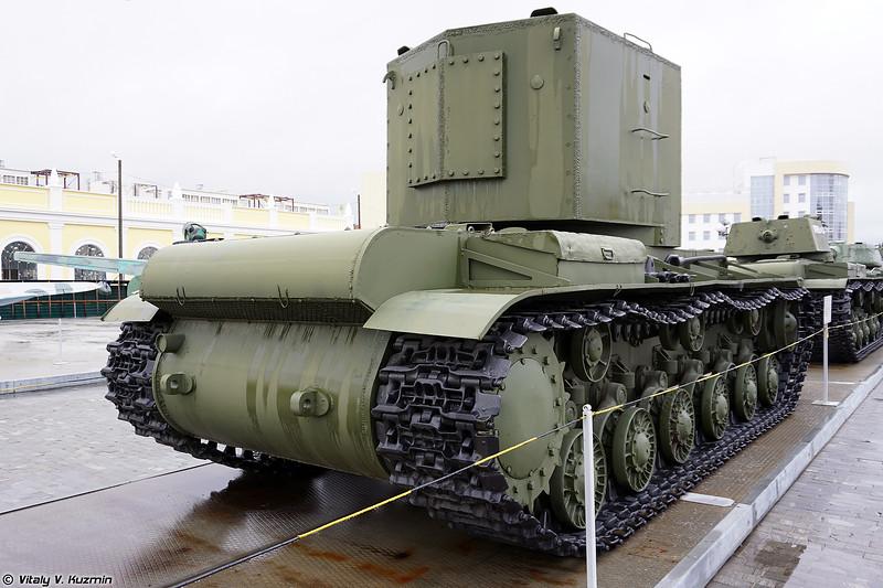 Тяжелый танк КВ-2 (KV-2 heavy tank)