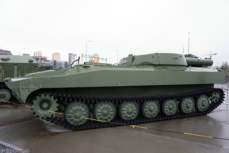 Установка разминирования УР-77 (UR-77 mine-clearing vehicle)