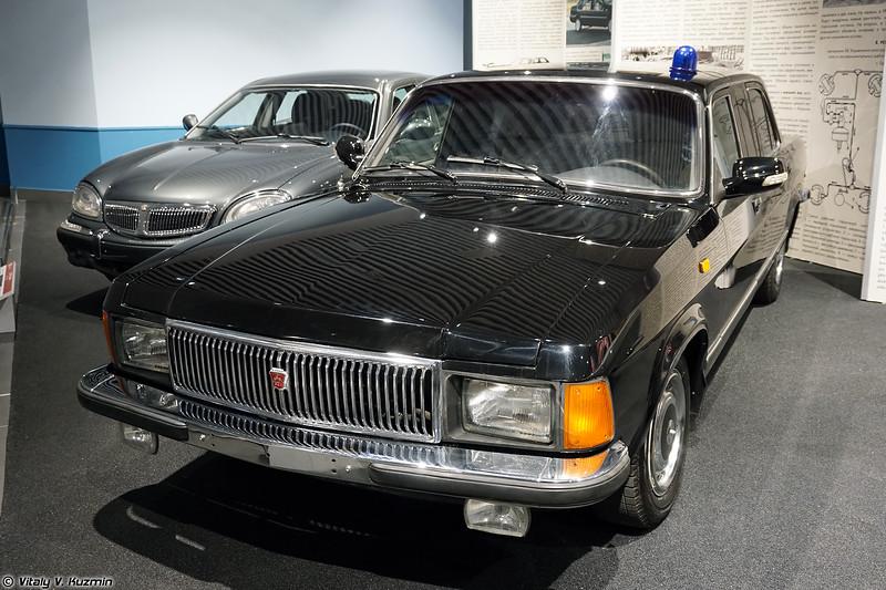 ГАЗ-3102 (GAZ-3102)
