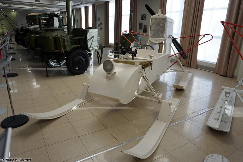 Аэросани РФ-8 ГАЗ-98 (RF-8 GAZ-98 aerosledge)