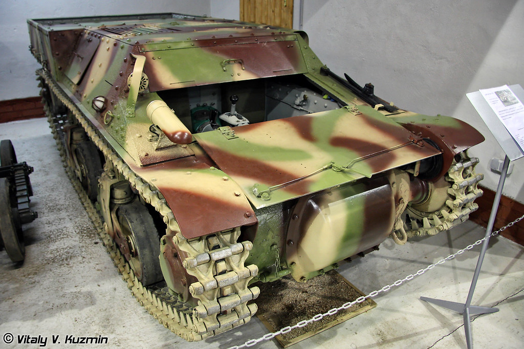 Бронетранспортер-тягач Lorraine 37L (Lorraine 37L light tracked armoured vehicle)