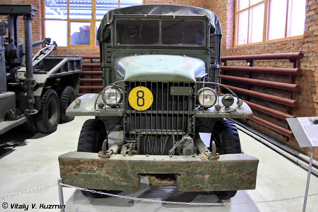 Грузовой автомобиль GMC CCKW также известный как Jimmy (GMC CCKW cargo truck)