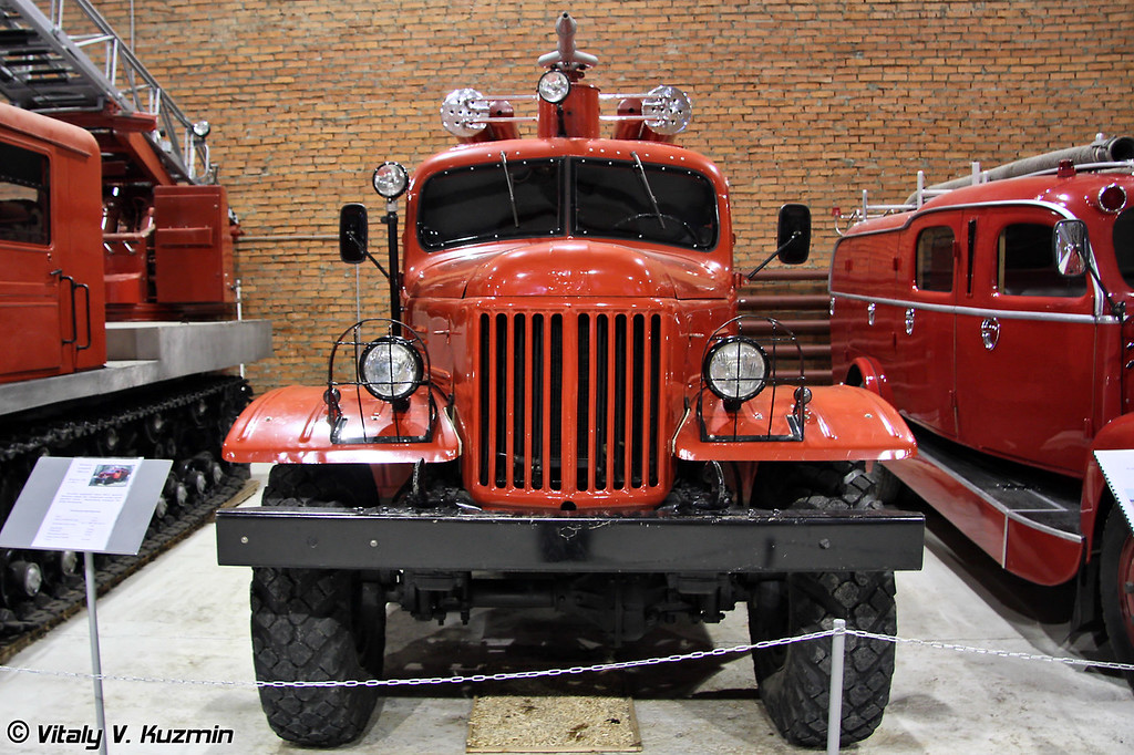 Автоцистерна ПМЗ-27 на шасси ЗИЛ-157 (PMZ-27 fire truck on ZIL-157 chassis)