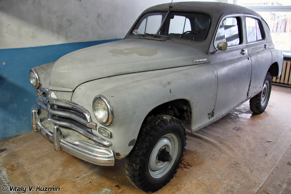 ГАЗ-М-72 (GAZ-M-72 4x4 vehicle)