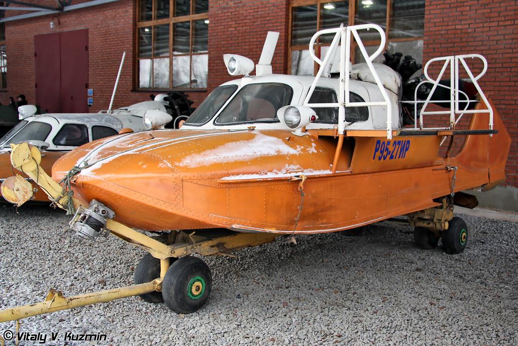Аэросани-амфибия А-3 (Tuploev A-3 amphibian propeller sleigh)