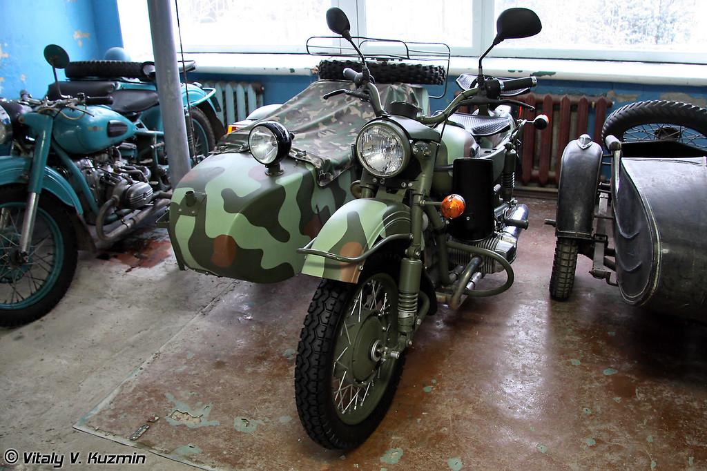 Урал ИМЗ-8.1037 (Ural IMZ-8.1037)