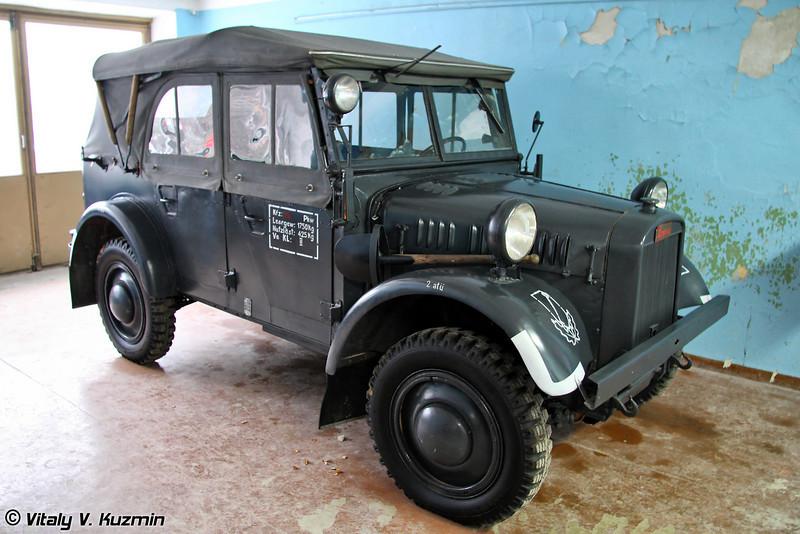Stoewer R200