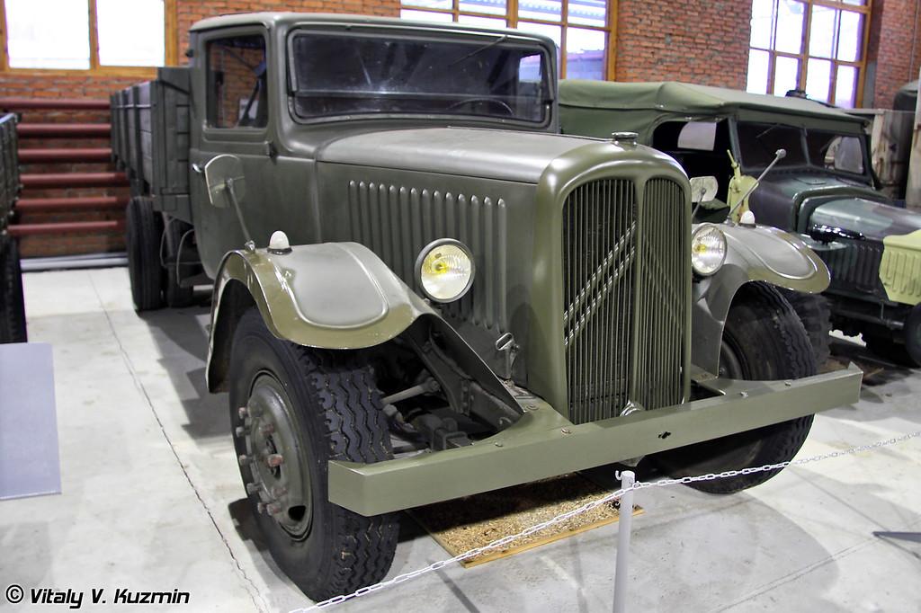 Грузовой автомобиль Citroen 45 (Citroen 45 truck)